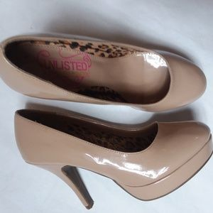 Kenneth Cole Unlisted Round Toe Platform's Pump's